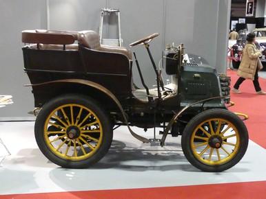 Très vieille voiture